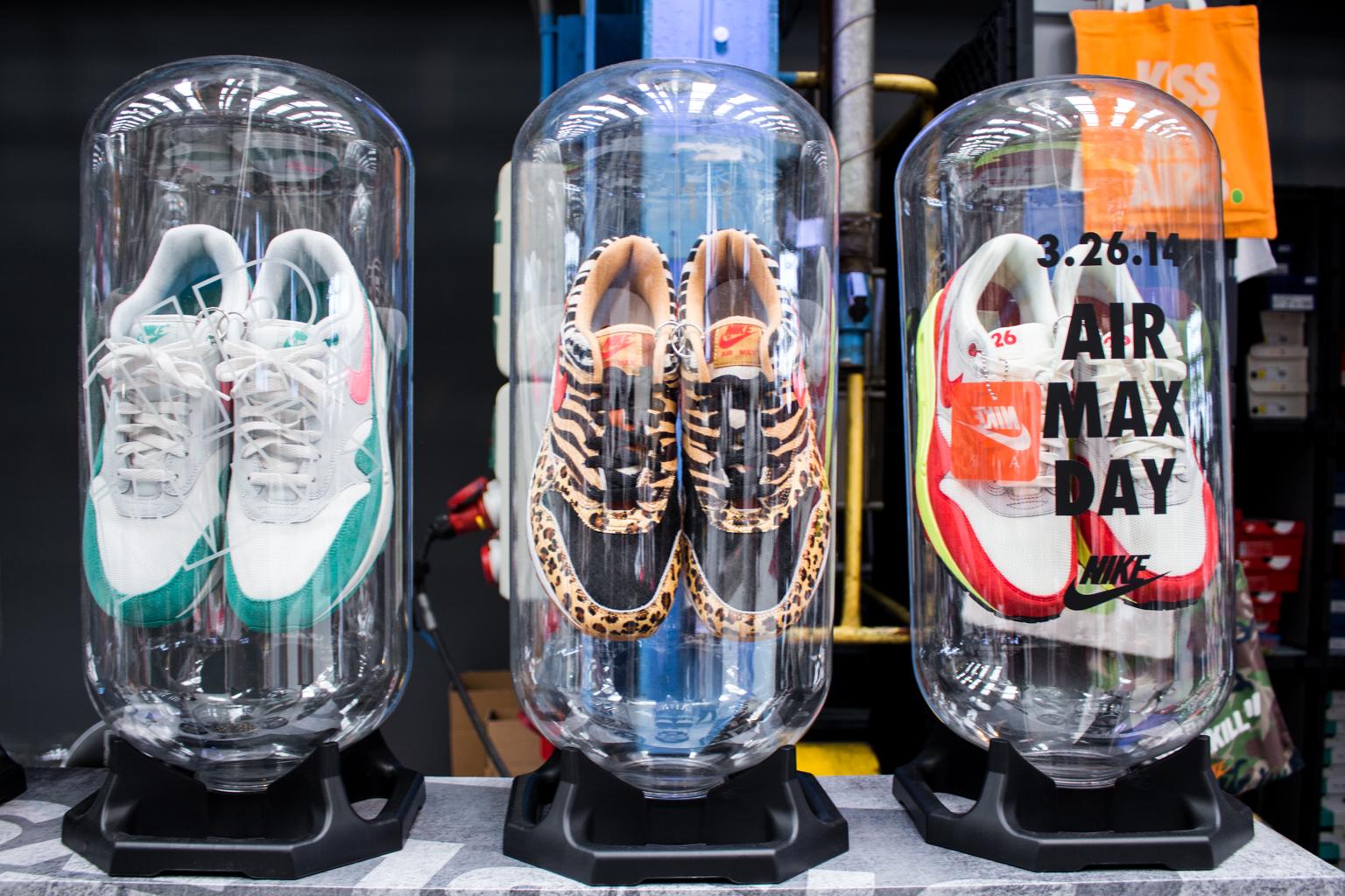 Sneaker Displays